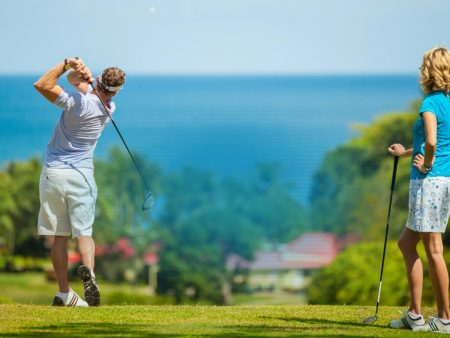Holding The Golf Club Correctly – Placing the Club in Your Hands. Common Mistakes