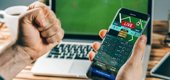 When and How to Bet the Favorite in Football?