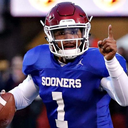 College Fantasy Football Tips: Draft Quarterbacks & More